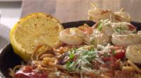 Linguini diavoliva aux crevettes grillées